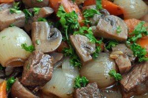 Boeuf Bourguignon - Recept från Hssons Skafferi