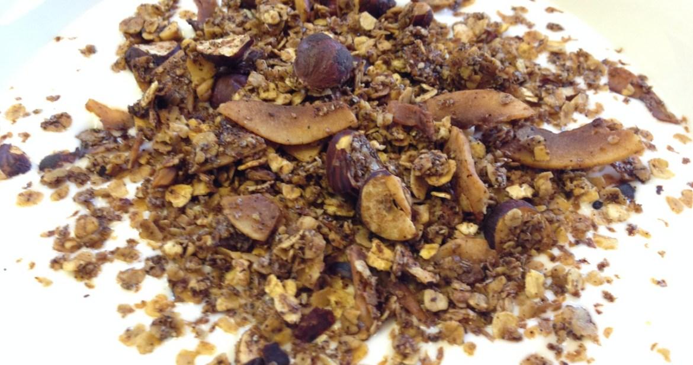 Kaffe-, kardemumma- och kanelmüsli - Recept ur Hssons Skafferi