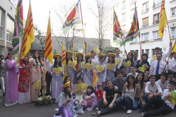 L'Appel à la solidarité - Lời Kêu gọi đoàn kết - Giỗ Tổ Hùng Vương 2013