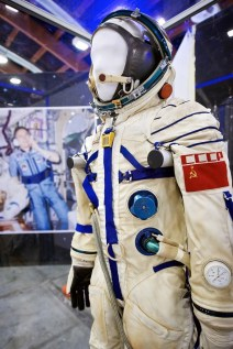 Gateway-to-Space-The-Exhibition-Suit