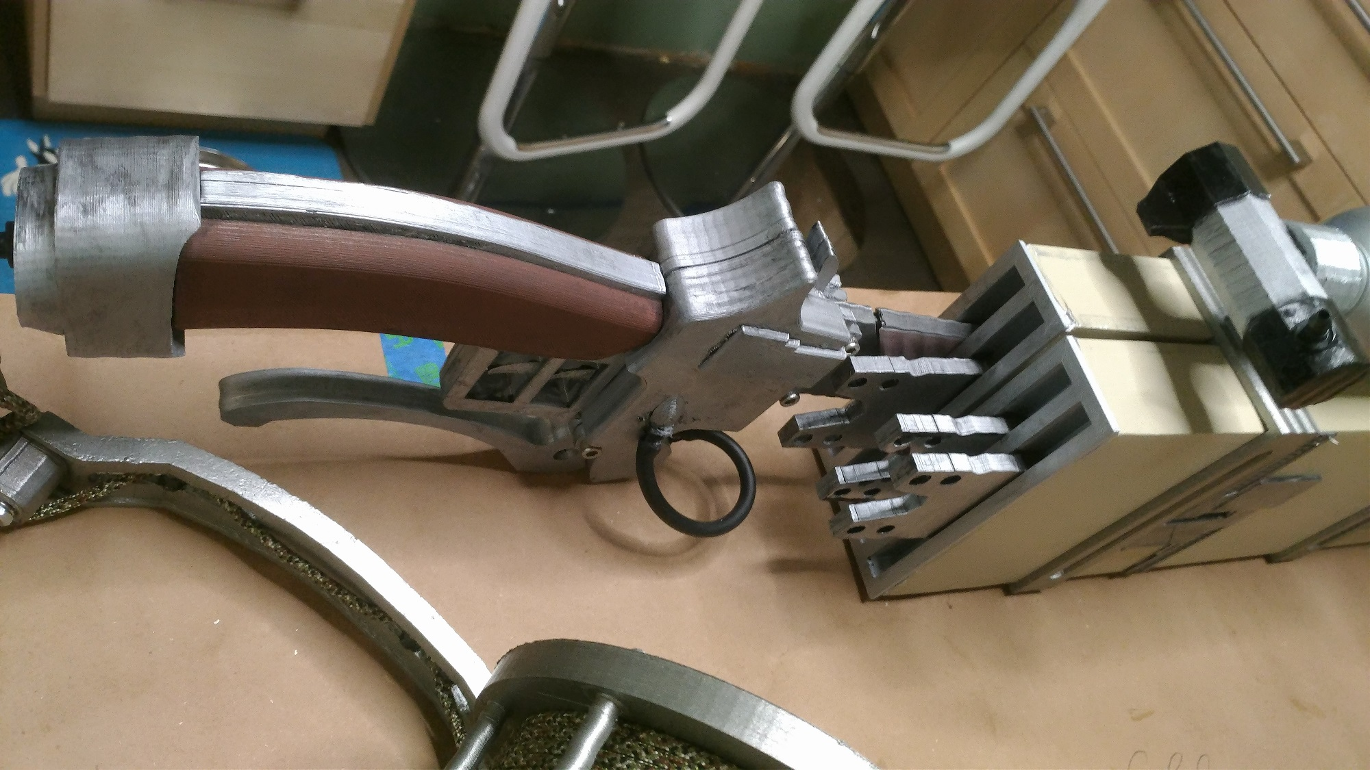 3D Print the 3D maneuver gear from Attack on Titan - htxt africa