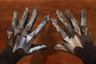 The Lord of the Rings Witch King Gauntlets Pic 7