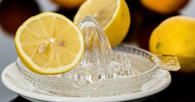Beneficios de beber agua con limón mitos y verdades