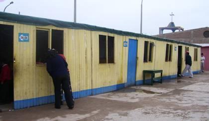 Aulas prefabricadas de la institucion educativa La Huaquilla