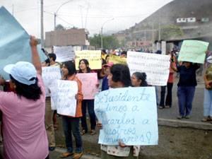 Manifestantes exigían se intensifique la búsqueda de pescadores desaparecidos