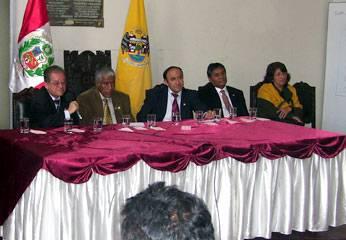 Delegación sanmarquina en palacio municipal de Huaral.