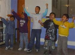 """Escuela de Oratoria, Motivación y Liderazgo """"Habla Palabras"""""""