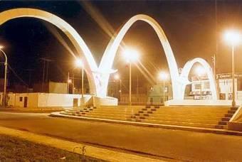 Arcos del triunfo carretera Huaral a Chancay