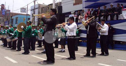Banda de músicos escolares.