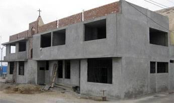 Construcción del local de usos múltiusos de Aucallama.