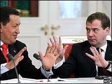 Hugo Chávez a Dimitri Medvédev en Moscú