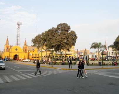plaza-huarall