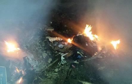 Serenazgo y bomberos brindan ayuda a pobladores en incendios forestales
