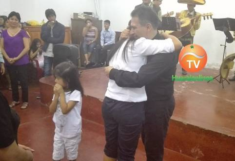 Mas que un padre un amigo, solo es un hasta luego padre Luis