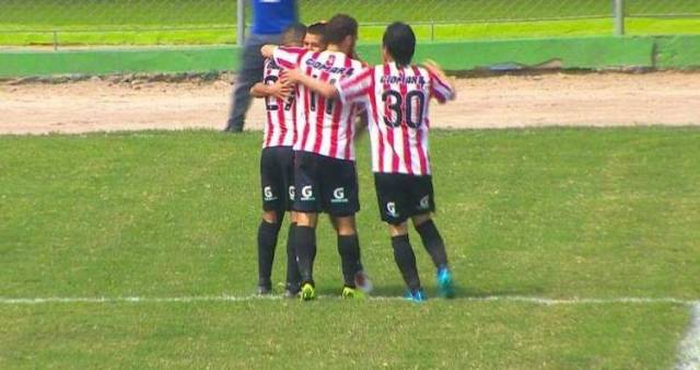Unión Huaral triunfó con 4 goles a 1 a Los Caimanes.