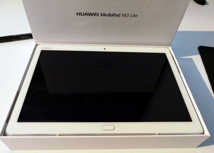 MediaPad M3 Lite 10 Offene Box, Blick aufs Tablet