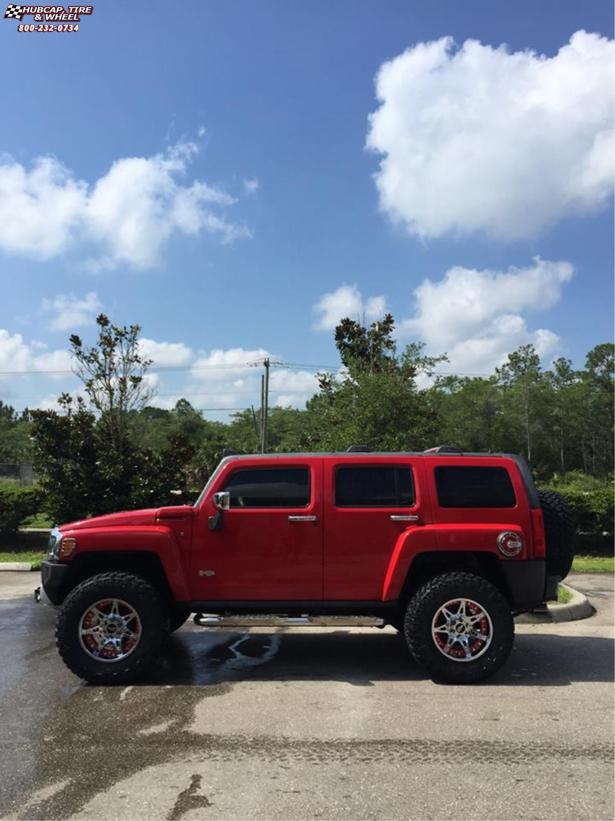 Hummer H3 Moto Metal MO961 Wheels Chrome Red Insert