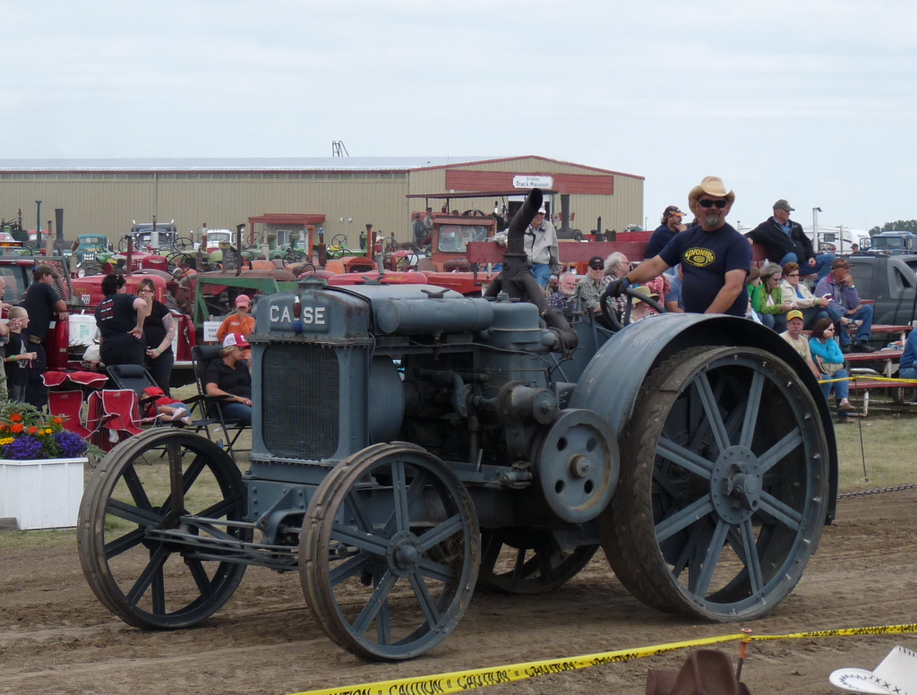 picture of old Case tractor