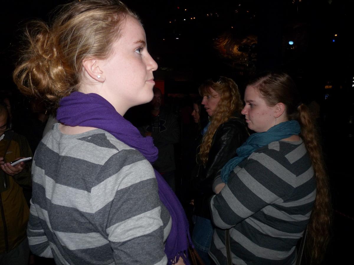 Picture of Daelynn, Lori, and Danaya Huber