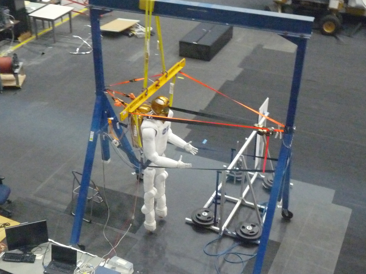 PIcture of NASA robot