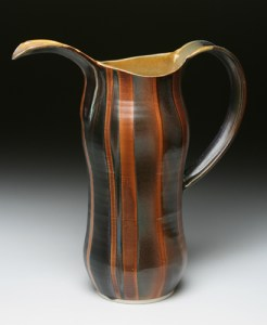 brown stripe pitcher