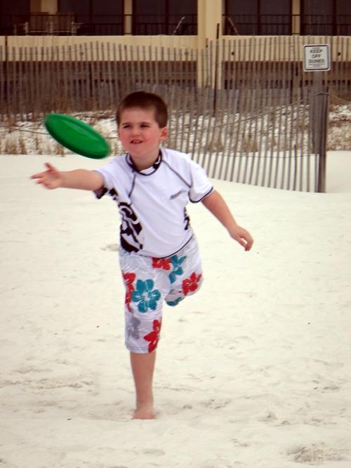 2014-03-15-kids-frisbee10