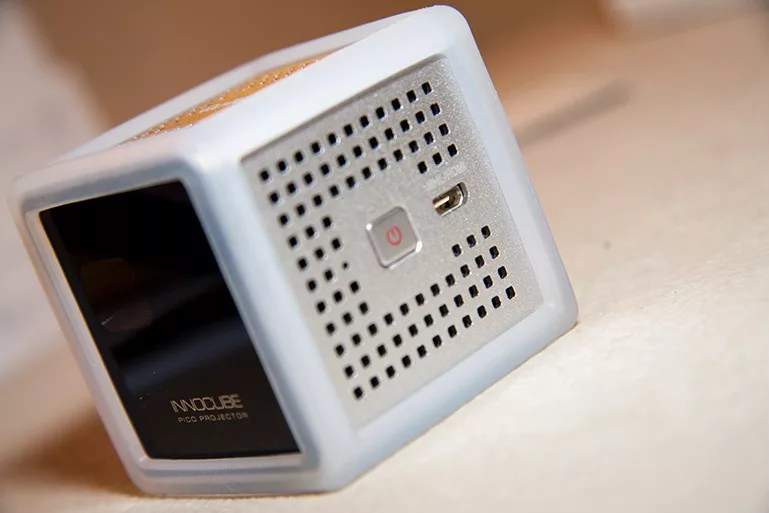 rollei-pico-projektor-1
