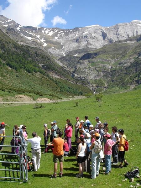 """Geo-Ruta """"Pineta-Valle de La Larri""""."""