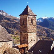 Torre de La Iglesia Gistaín - de https://www.flickr.com/photos/26909905@N00/