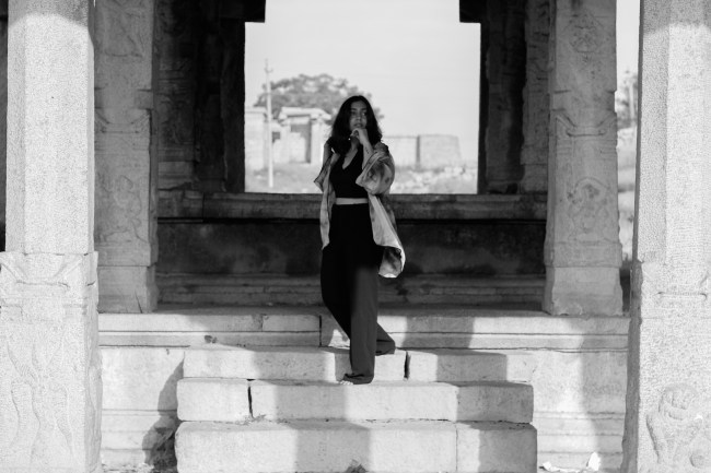 Hampi, Fashion editorial, Huesofme