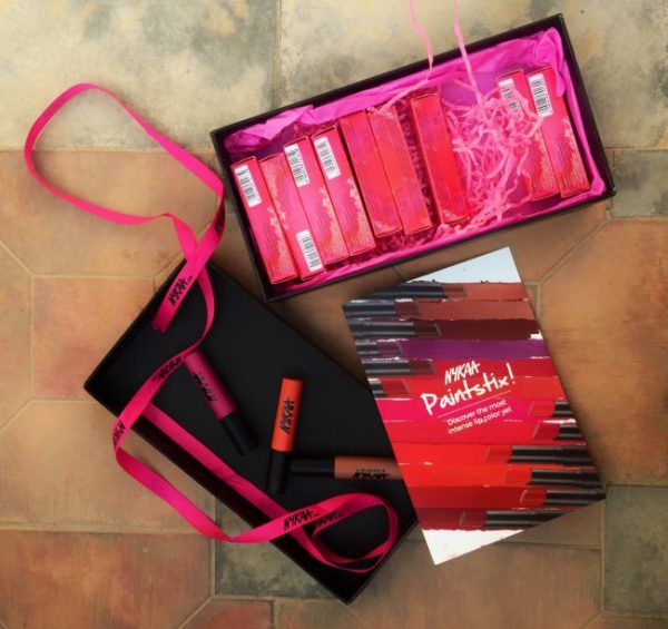 Nykaa Paintstix review and swatches