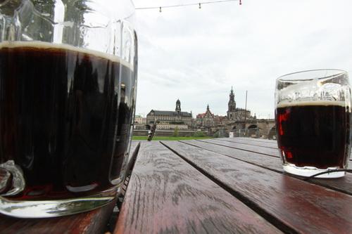 Dresden mit Bier 8850
