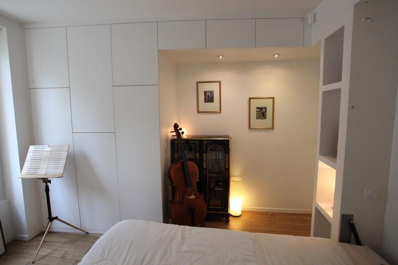 Chambre avec lit double escamotable