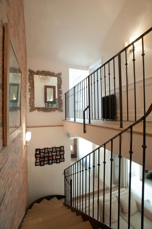 Escalier pour accéder à l'étage