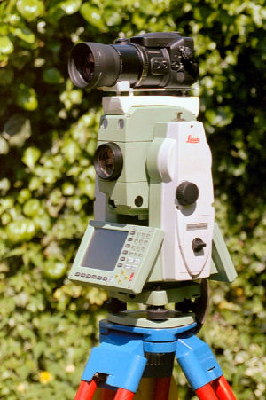 Fuji Digital camera on a Leica TPS1205
