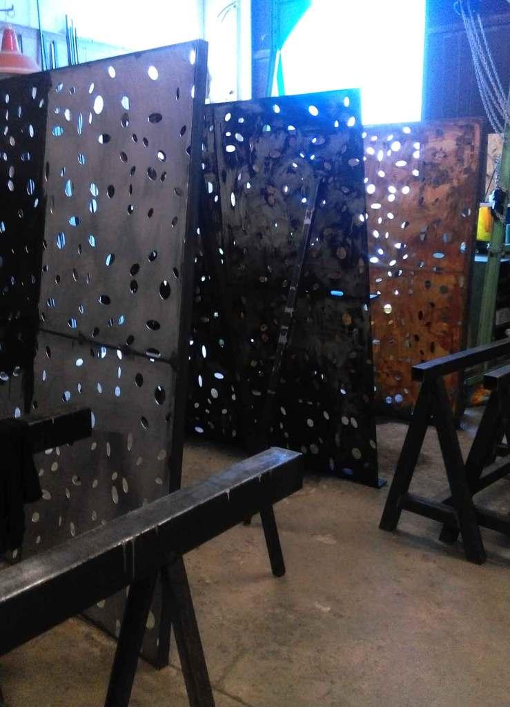 Traitement finition rouillé en atelier - hugo ferronnerie