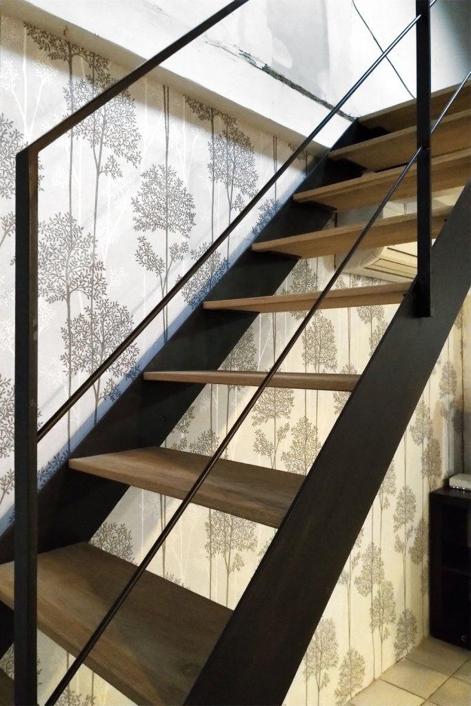 Escalier 1/4 tournant marches bois - Lyon 69