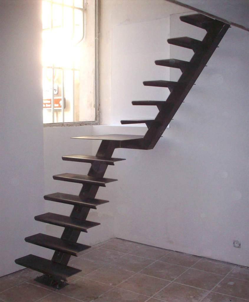 Escalier un quart tournant avec palier - hugo ferronnerie