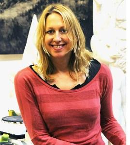 Photograph of artist Beth Carter