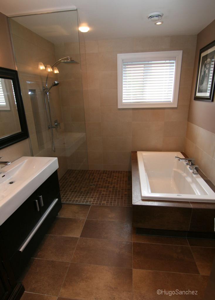 Open shower design - Céramiques Hugo Sanchez on Modern:kkgewzoz5M4= Small Bathroom  id=17811