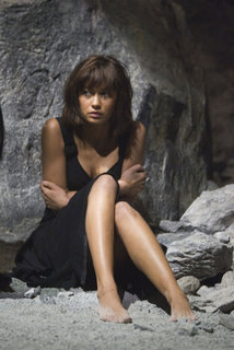 Olga-in-Quantum-of-Solace-olga-kurylenko-6821930-600-900