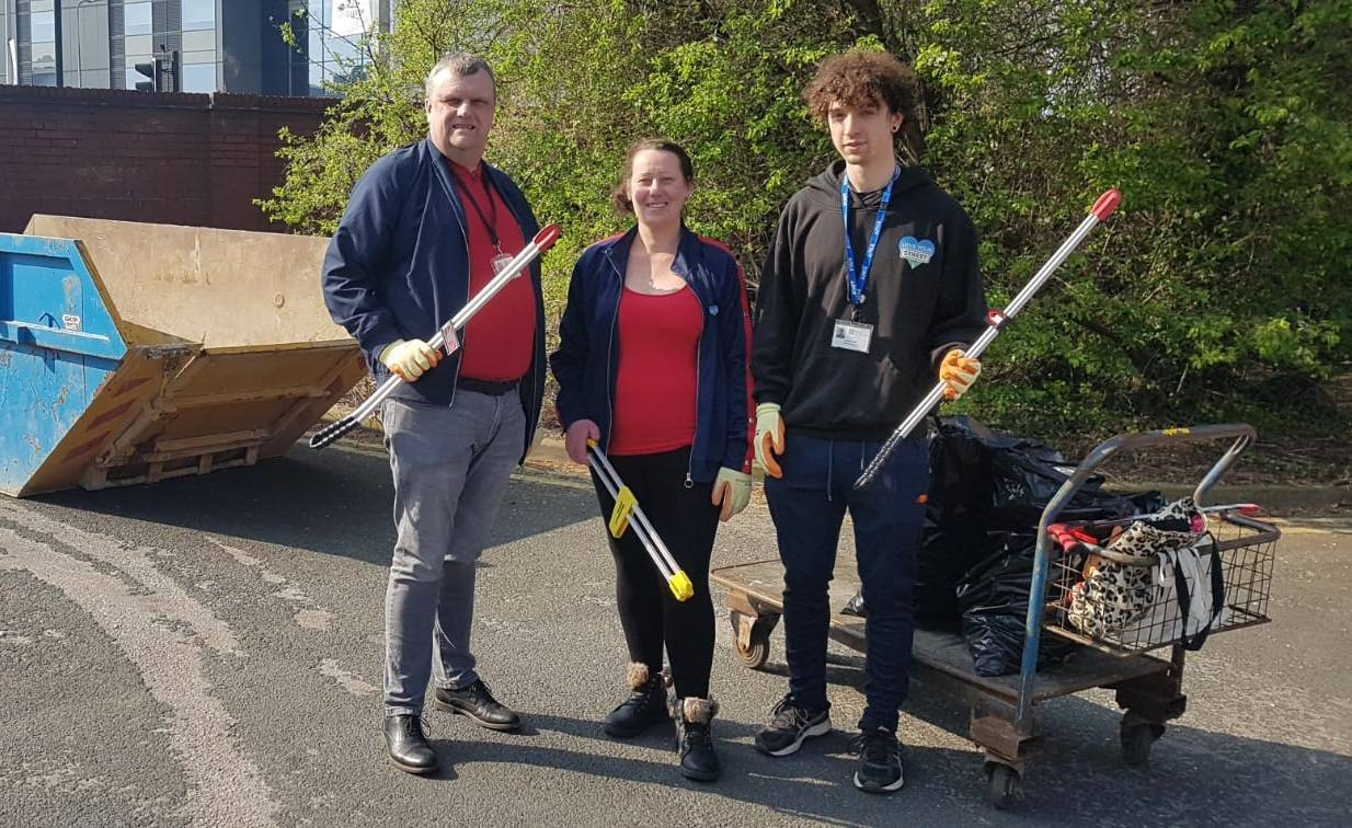 Volunteers will take part in a mass clean-up of an area close to Wincolmlee.