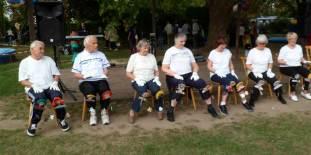 Vorführung der Senioren-Sportgruppe.