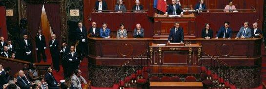 Hier, à Paris, le président a cherché à retrouver les accents de sa campagne pour recoller aux Français. Thibault Camus/AFP/Pool