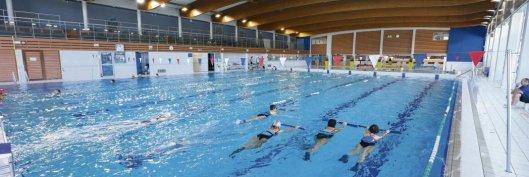 Centre aqualudique l'Olive à Moulins (Allier). Les restrictions de budget freinent dangereusement le développement des équipement sportifs de proximité. Richard Damoret/REA