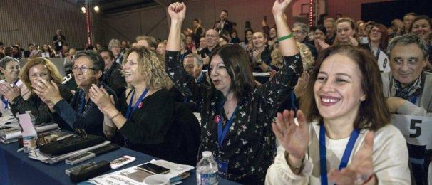 Plus de 700 délégués ont adopté, ce week-end à Ivry-sur-Seine, une motion contre la vie chère et pour relever le défi écologique. Julien Jaulin/Hanslucas