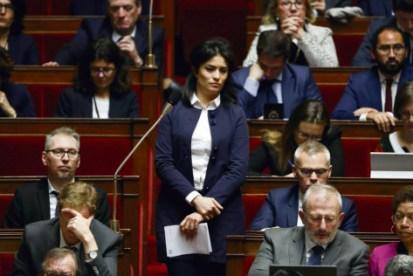 Sonia Krimi, lors de son intervention à l'Assemblée nationale durant la séance des questions au gouvernement. Patrick Kovarik/AFP