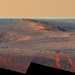 Opportunity-Northward-Endeavor-crater-rim-color-corrected