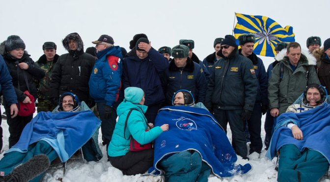 Expedition 38 Landing