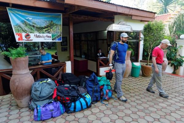 Gepäcklager für zurückbleibendes Material